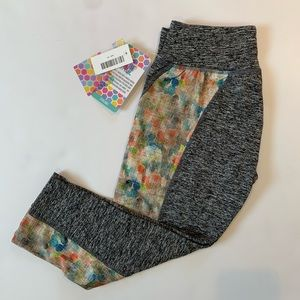NWT XS workout crops- Jade crops by LuLaRoe